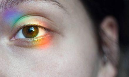 Planting Eyelashes for Natural Beauty